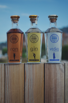 Ron, Gin e Vodka Premium
